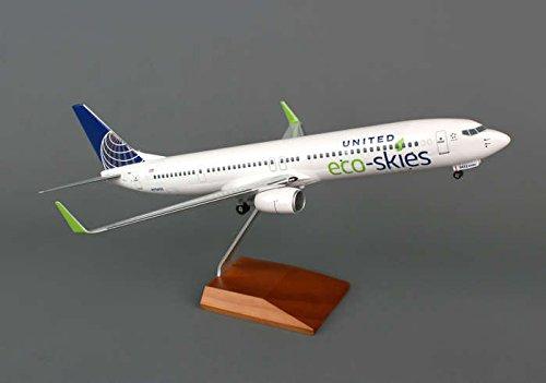 SKR8247 Skymarks United 737-900ER 1:100 Model Airplane Ec...