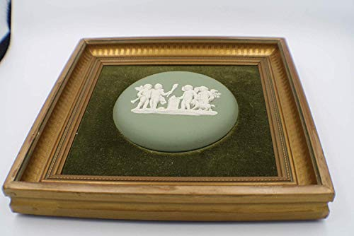 Wedgwood England Cameo Medallion Green Jasper Puttis Framed Art ()