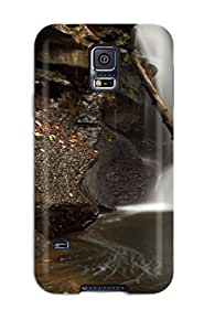 MichaelTH ScmSZSw1032HehFt Case Cover Galaxy S5 Protective Case A Drop Of Water And Wet Rocks by lolosakes