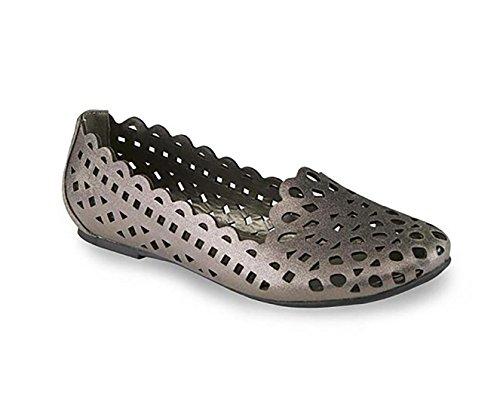 Madeline Women's Sutton Slip-On Loafer, New Pewter, 6 M US