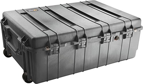 (Pelican 1730 Transport Case With Foam (Black))