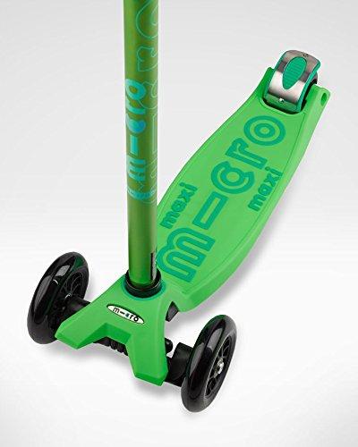 Micro Maxi Deluxe Kick Scooters (Green) by Micro Kickboard (Image #5)