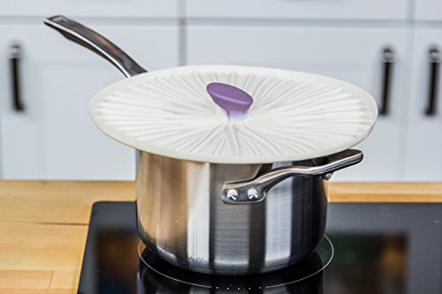 ZEAL Air Tight Push to Seal Silicone 9 inch Kitchen Lid - ECO Friendly - For use with pots, dishes, pans, Tupperware, leftovers, microwaves, stovetops - Mushroom Design