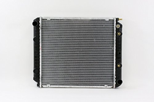 Volvo 240 Car Radiator - Radiator - Pacific Best Inc For/Fit 083 75-93 Volvo 240 83-92 740 760 91-95 940 AT 4cy PTAC