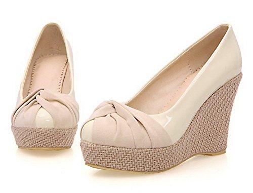 AllhqFashion Damen Lackleder Hoher Absatz Rund Zehe Rein Ziehen auf Pumps Schuhe Cremefarben