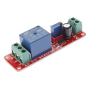 Delay Timer Interruptor ajustable 0 a 10 En segundo lugar, con NE555 oscilador 12V de entrada