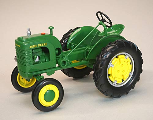 John Deere Model LA Tractor with Wheel Weights 1/16 Diecast Model by Speccast JDM279 ()