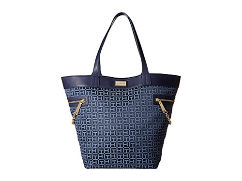 Tommy Hilfiger Womens Carrie Monogram