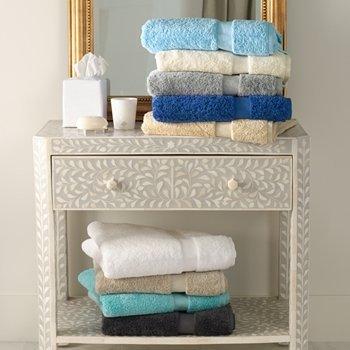 - Lotus by Matouk - 2 Bath Towel 30x56 - Champagne