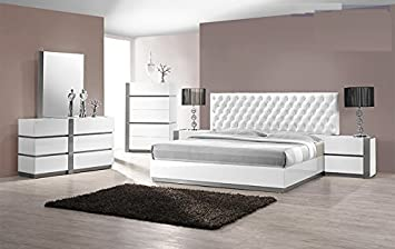Amazon Com Modern Seville 4 Piece Bedroom Set California King Size Bed Mirror Dresser Nightstand White Lacquer Headboard With Leather Like Like Crystals Exterior Bedroom Furniture Furniture Decor