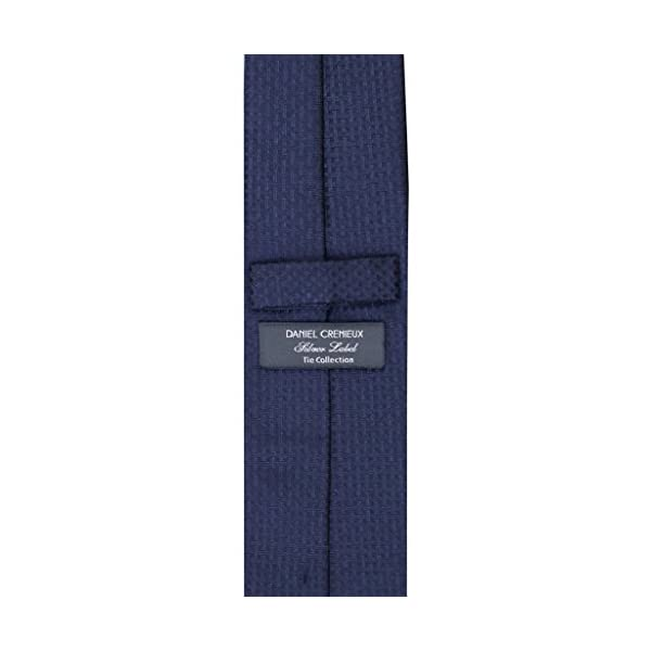 Jacquard-solid-tie-navy