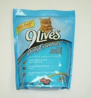Morris 9Lives Cat Food Daily Essentials, 18oz - with the fla