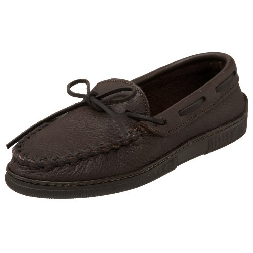 Minnetonka Women's Moosehide Classic Slip-On,Chocolate,7 M US