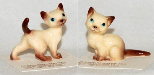 - Hagen-Renaker Hand-Crafted Siamese Cat Set of 2: Mama (438) and Tom (007) Made in USA