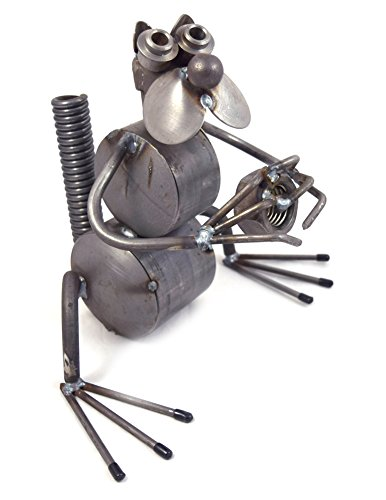 Nutty Squirrel   Recycled Metal Garden Sculpture