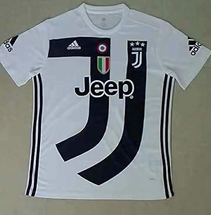 e4f116392 Amazon.com   Retro Juventus Shirt Limited Edition 2018   Sports ...