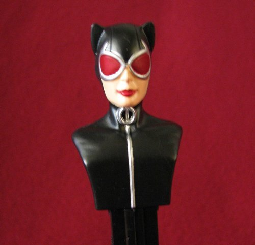 PEZ Dark Knight Rises CATWOMAN Dispenser ON BLISTER CARD WITH 3 PACK REFILL by Pez Candy
