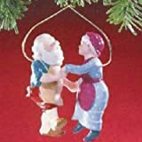 Hallmark Keepsake Ornament – Shall We Dance #3 in the Mr. and Mrs. Claus Series 1988 (QX4011)