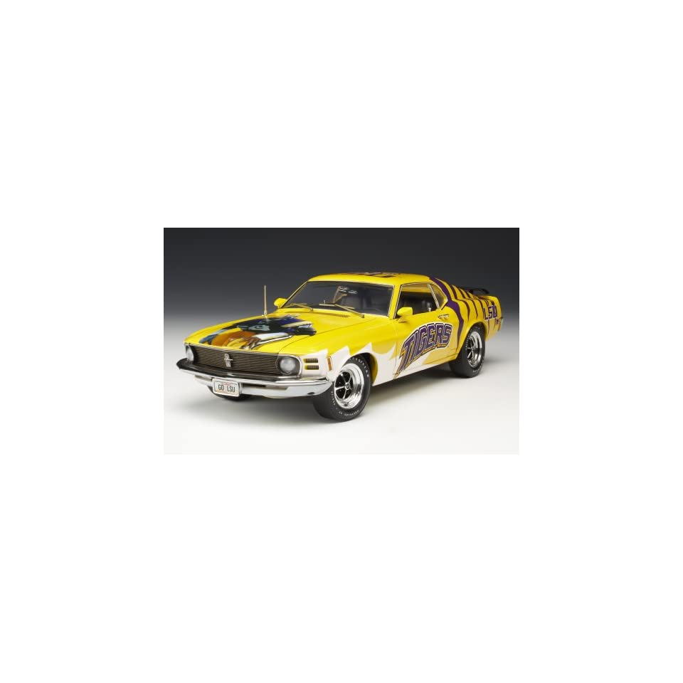 Highway 61 / DCP LSU Tigers Football 1970 Ford Mustang Diecast Car 118   Gift Item