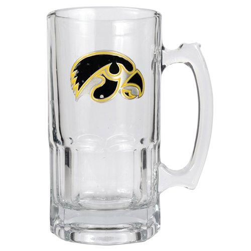 college-macho-mug-primary-logo