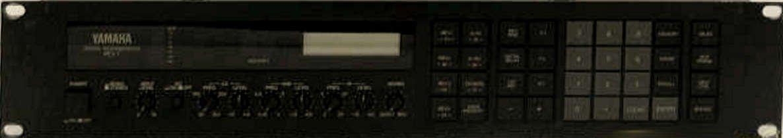 YAMAHA スタジオエ フェクター デジタルリバーブ/パライコ REV7 オリジナル布ダストカバー [プレゼントセット]   B073DFGB7D