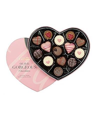 Valentinstag Pralinen In Einer Herzformigen Schachtel Pralinen