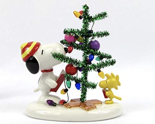 Department 56 Peanuts Snoopy Singing Christmas Carols