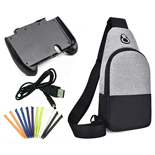 Akiimy 4 In 1 Crossbody Shoulder Bag+Plastic Gamepad Controller Hand Grip Holder Joypad Stand +12-Pack New 3DS XL Stylus Pack+Usb Charger Cable For New Nintendo 3DS LL/New 3DS XL Travel Accesosry (Xl 3ds Nintendo Backpack)