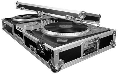 (Road Ready RRDJ10 2 Turntables/10-Inch Mixer DJ Coffin)