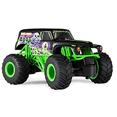 Monster Jam Official Grave Digger Remote Control Monster Truck, 1:24 Scale, 2.4 GHz, for Ages 4 and Up: Toys & Games