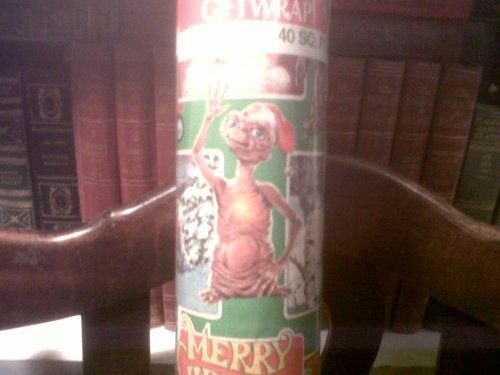 E.T. Christmas Gift Wrap Retro 1980s E.T. Christmas Wrapping Paper (80s Characters)