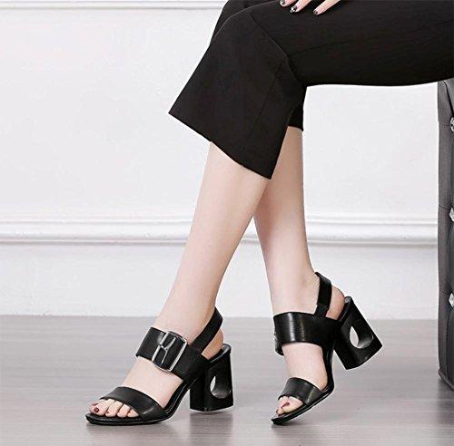 Sommerschuh der Frauen Sandalen Wort cingulären offene Sandalen mit dicken Schuhen mit hohen Absätzen black