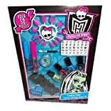 Monster High Frankie Stein Stitched with Style Beauty Set