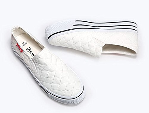 04c8aaa6146 Aisun Women s Slip On Platform Loafers Canvas Shoes Sneakers White 7 B(M) US