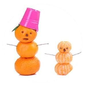 alfombrilla de ratón Muñecos de nieve, preparados con las mandarinas, aislado en blanco - ronda - 20cm