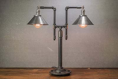 Industrial Style Table Lamp - Edison Light - Metal Shade