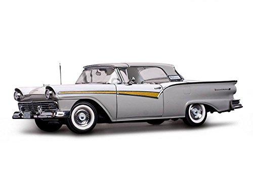 1957 Ford Fairlane 500 Skyliner Wood Smoke Gray / Colonial White 1/18 Diecast Model Car by Sunstar 1339 (500 Ford Fairlane)
