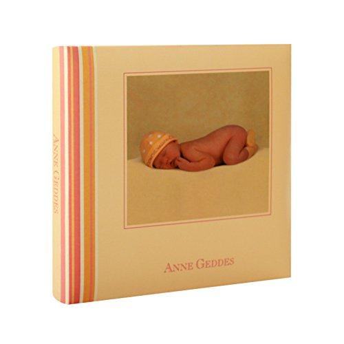 Album Photo Bébé à pochettes Nursery Room Rose pour 24 photos 10x15 cm, pages illustrées, espace pour écrire les commentaires,Dimensions : 18.30x18.30 cm, existe aussi en bleu pages illustrées BREPOLS
