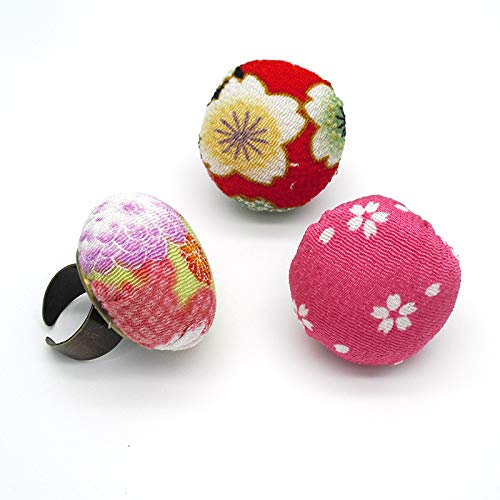 Chris.W 2Pcs Ring Pin Cushions Adjustable Floral Pattern Quilters and Crafters Finger Pincushion Sewing Accessory Random Color