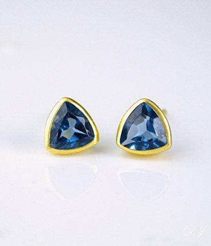 Triangle Earrings Vermeil - Kyanite triangle stud earrings, everyday earrings, Vermeil Gold bezel set studs, September Birthstone studs, Birthday gift, blue triangle post earrings