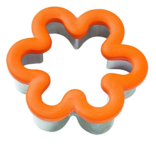 Wilton Comfort-Grip Cookie Cutter: 4