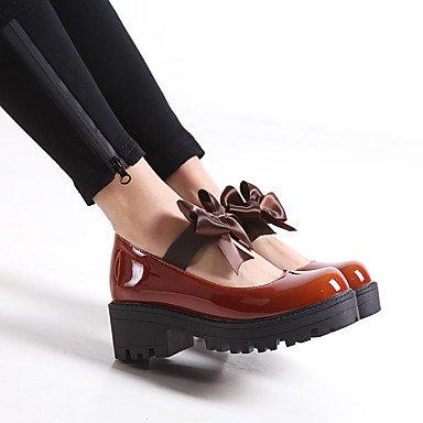 Cómodo y elegante soporte de zapatos de las mujeres pisos primavera verano otoño invierno otros cuero sintético oficina y carrera parte y vestido de noche con lazo y tacón bajo negro marrón rosa rojo rojo