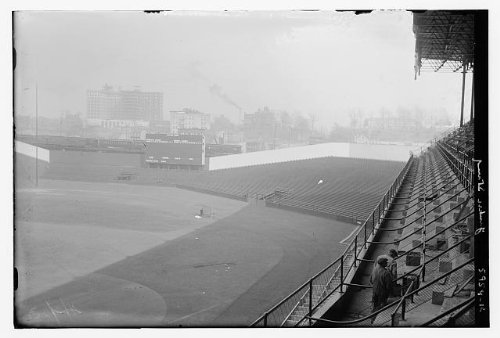 Field Stadium Seat (Photo: Yankee Stadium,baseball,sports arenas,fields,seats,stands,Bain News)