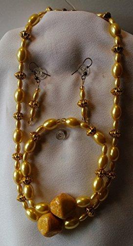 [Uniquely'U Vintage Yellow Acrylic Bead Necklace Set] (Funky Punk Bones Adult Costumes)
