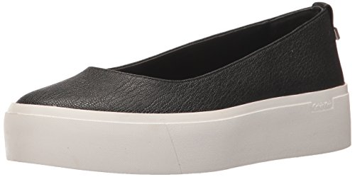 Calvin Klein Women's Janie Sneaker, Black, 9.5 Medium US (On Sneakers Slip Platform Black)