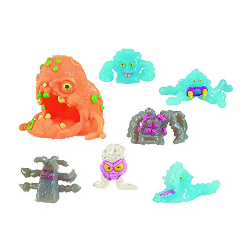 Fungus Amungus EXCLUSIVE Superbug Set - Includes 1 Superbug Figure and 6 Funguys (Color/Styles May - Mayhem Is Everywhere