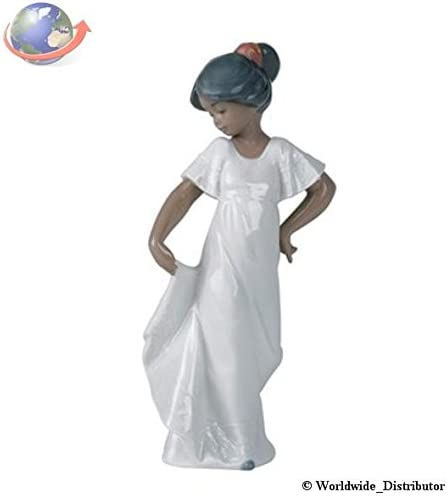 Nao by Lladro Collectible Porcelain Figurine LITTLE SWEETHEART how pretty – 8 3 4 tall – Treasured Memories ethnic Collection