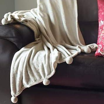 DHestia - Manta Sofá de Invierno de Tejido Polar con Bolas Decorativas. 160x130 cm. Pom Pom (Beige Taupé)