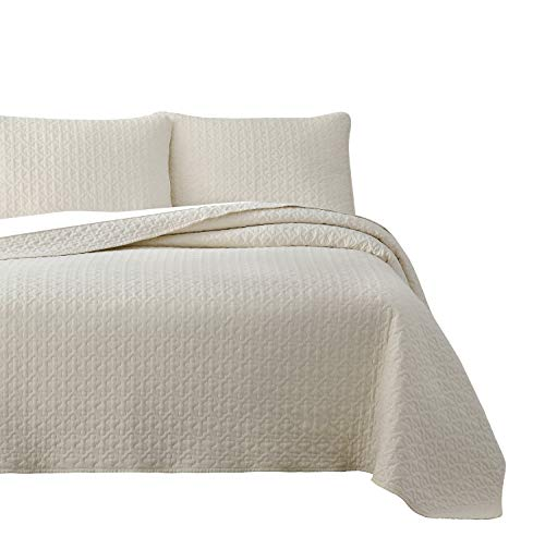 - Vega Prewashed 3 Piece Quilted Quilt, Coverlet & Bed Cover Set, Stitched Pattern, Solid Color, Soft Microfiber Shell 100% Cotton Filling   Ivory   King/Cal-King Size Bedspread