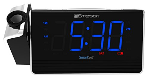 Emerson SmartSet Projection Alarm Clock Radio with USB Charging for Iphone/Ipad/Ipod/Android and Tablets, Digital FM Radio, 1.4